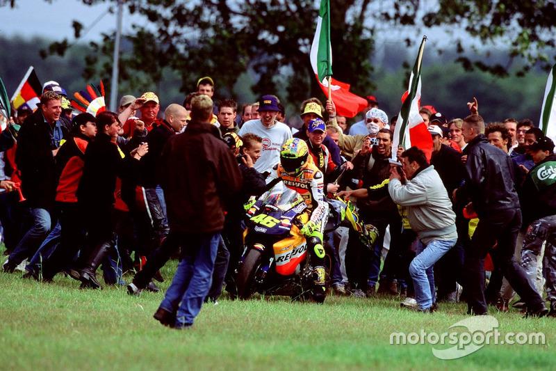 #19 MotoGP Belanda 2002