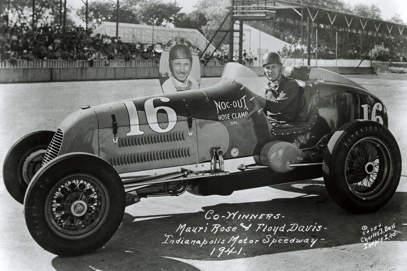 Race winners Floyd Davis and Mauri Rose