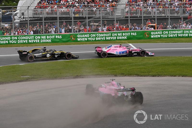 Sergio Pérez, Force India VJM11 sale de la pista
