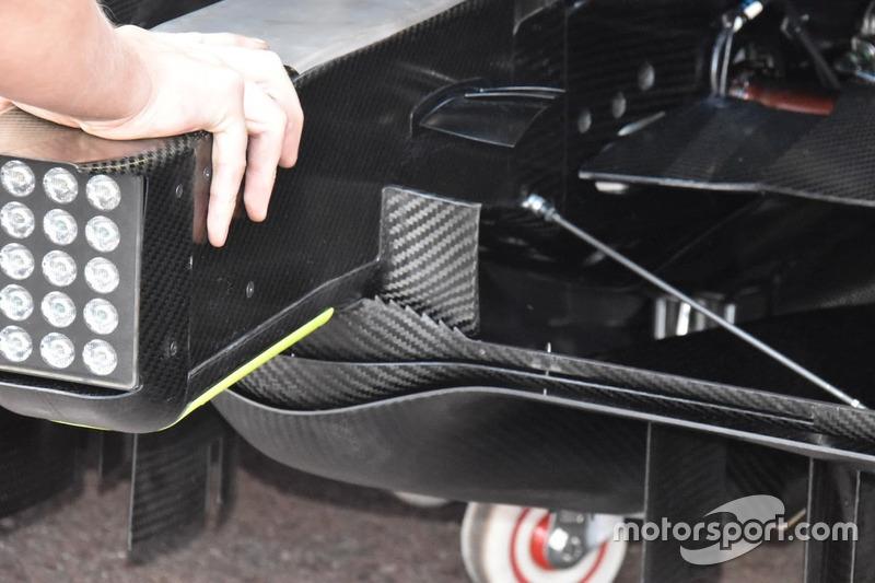 Диффузор Mercedes F1 W09