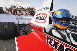 Rudy van Buren en el McLaren M23