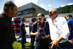 Toyoharu Tanabe, F1 Technical Director, Honda, and Gerhard Berger