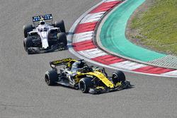 Nico Hulkenberg, Renault Sport F1 Team R.S. 18 ve Sergey Sirotkin, Williams FW41
