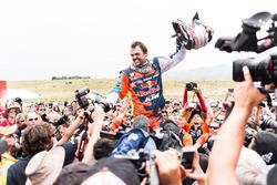 Le vainqueur de la catégorie moto, Matthias Walkner, Red Bull KTM Factory Team
