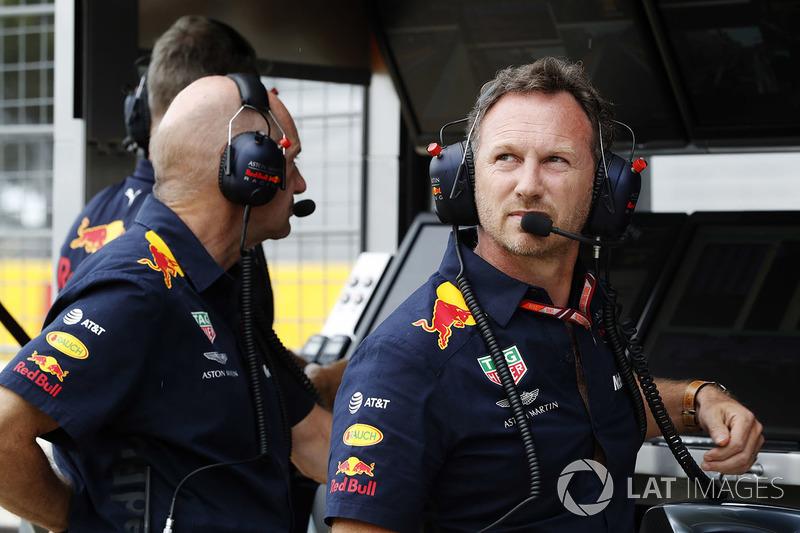 Технічний директор Red Bull Едріан Ньюі та керівник команди Крістіан Хорнер