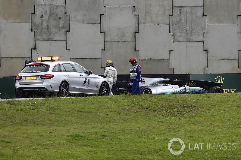 حادث لويس هاميلتون، مرسيدس