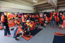 L'espace de Pol Espargaro dans le stand KTM