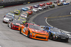 Restart: Daniel Suarez, Joe Gibbs Racing, Toyota; Joey Logano, Team Penske, Ford