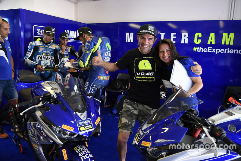 Валентино Россі, Movistar Yamaha MotoGP, та учасники четвертого Yamaha VR46 Master Camp, Франко Беллі
