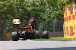 Max Verstappen, Red Bull Racing RB13 met mechanische pech
