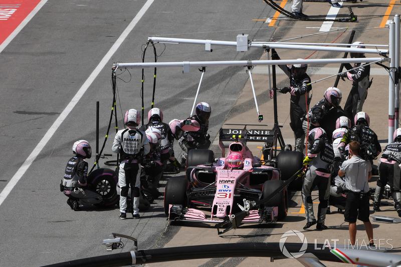 Пит-стоп: Эстебан Окон, Sahara Force India F1 VJM10