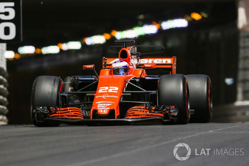 2017 - McLaren MCL32 (Honda engine)