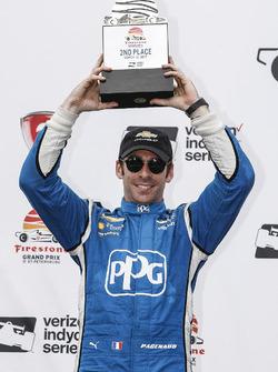 Podium : le deuxième, Simon Pagenaud, Team Penske Chevrolet