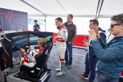Tiago Monteiro, Honda Racing Team JAS, Honda Civic WTCC; Norbert Michelisz, Honda Racing Team JAS, Honda Civic WTCC