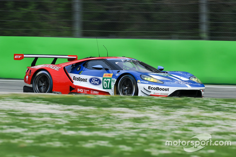 #67 Ford Chip Ganassi Racing, Ford GT: Andy Priaulx, Harry Tincknell