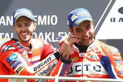 Podium : le vainqueur Andrea Dovizioso, Ducati Team, le troisième, Danilo Petrucci, Pramac Racing