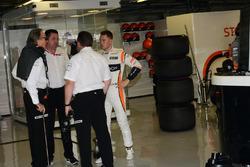 Mansour Ojjeh, TAG, Zak Brown, McLaren Director Ejecutivo; Stoffel Vandoorne McLaren y Eric Boullier, Director de carreras de McLaren