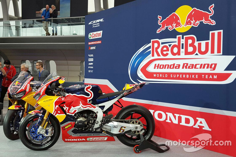Bikes von Nicky Hayden, Honda World Superbike Team, und Stefan Bradl, Honda World Superbike Team