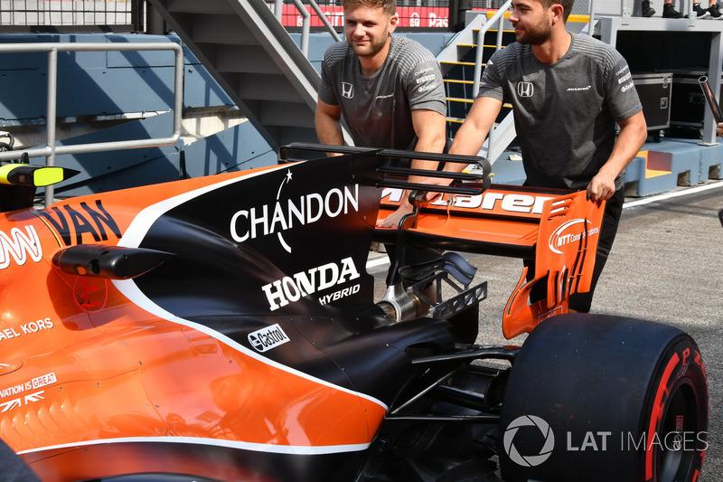 Arrière de la McLaren MCL32