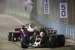 Кевін Магнуссен, Haas F1 Team VF-17, Данііл Квят, Scuderia Toro Rosso STR12, Ленс Стролл, Williams FW40.