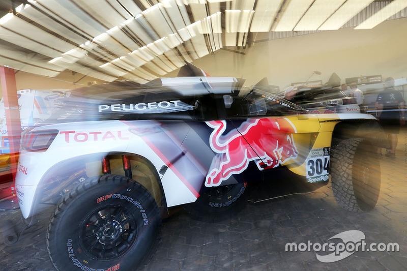 #304 Peugeot Sport Peugeot 3008 DKR: Carlos Sainz, Lucas Cruz