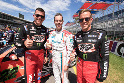 Garth Tander, Holden Racing Team; Craig Lowndes, Triple Eight Race Engineering Holden; James Courtne