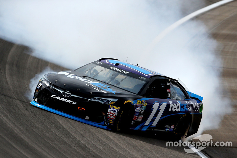 Denny Hamlin, Joe Gibbs Racing Toyota spins