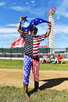 Fan with American flag