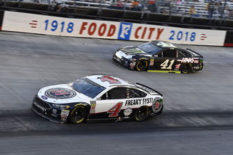Kevin Harvick, Stewart-Haas Racing, Ford Fusion Jimmy John's and Kurt Busch, Stewart-Haas Racing, Ford Fusion Monster Energy / Haas Automation