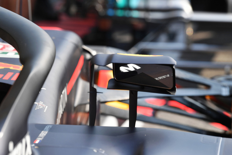 Red Bull Racing RB14 mirror