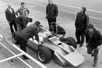 Mike Costin, Cosworth 4 wheel drive F1, designer Robin Herd