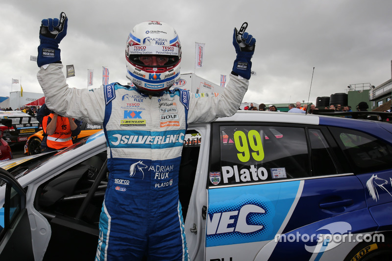 Pole position per Jason Plato, Silverline Subaru BMR Racing