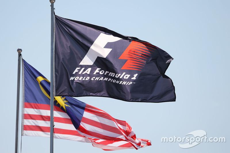 علم الفورمولا 1 وعلم ماليزيا
