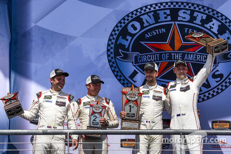 GTLM-Podium: Sieger #912 Porsche Team North America, Porsche 911 RSR: Earl Bamber, Frédéric Makowiecki; 2. #911 Porsche Team North America, Porsche 911 RSR: Nick Tandy, Patrick Pilet
