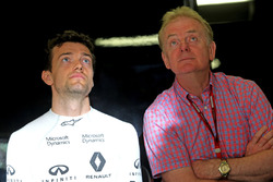 Jolyon Palmer, Renault Sport F1 Team and his father Jonathan Palmer