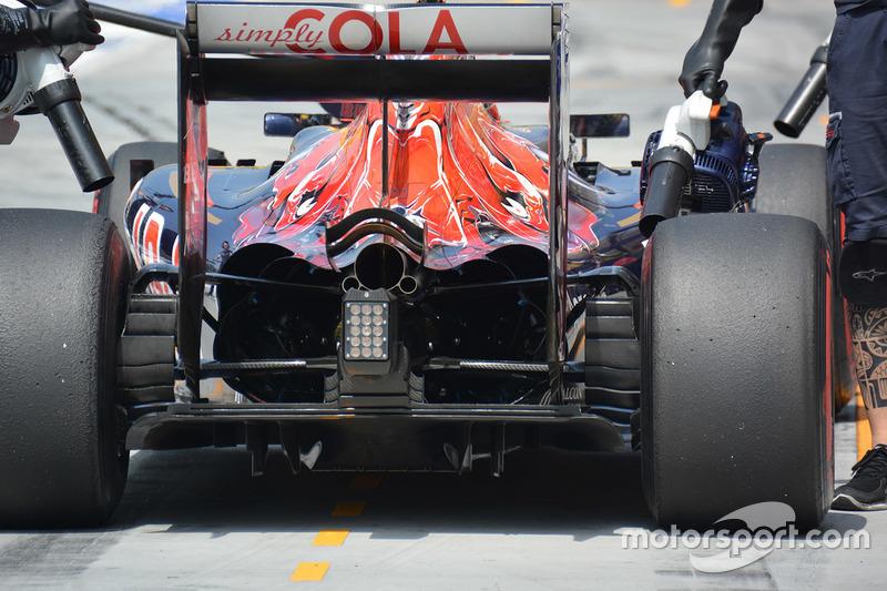 Scuderia Toro Rosso STR11 diffuser detail