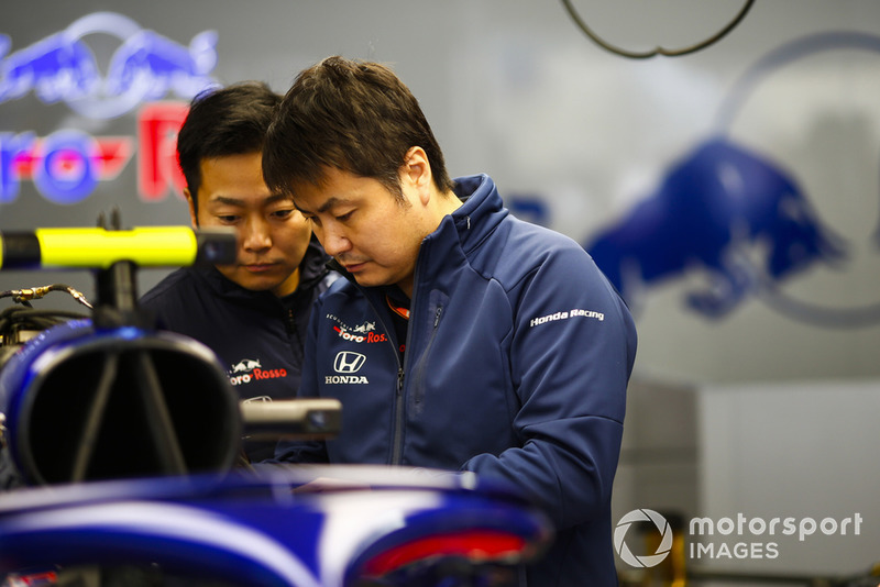 Mekanik Toro Rosso-Honda