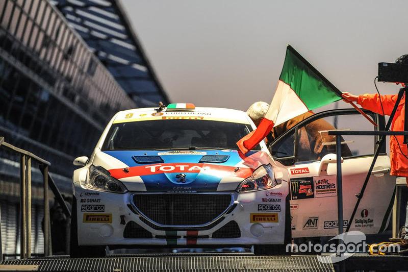 Паоло Андреюччі та Анна Андреюччі, Peugeot 208 T16
