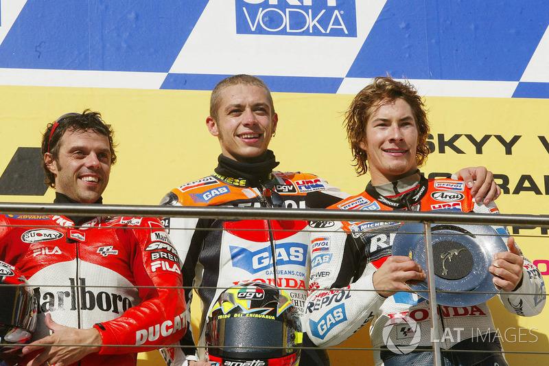 Podio: ganador carrera Valentino Rossi, Repsol Honda Team, segunda plaza Loris Capirossi, Ducati Team, tercera plaza Nicky Hayden, Repsol Honda Team