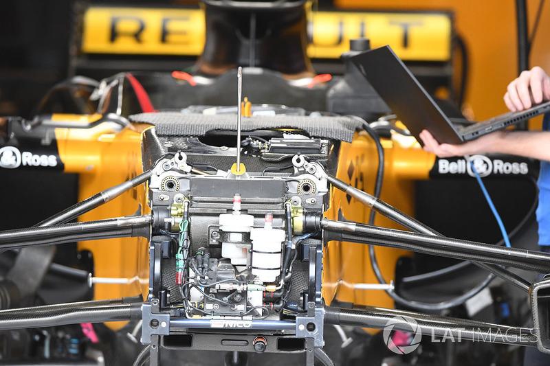 تفاصيل محور الإطار الأمامي ومكابح سيارة رينو