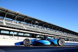 Машина IndyCar Chevrolet 2018 года