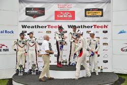 Podio GTLM: al primo posto Patrick Pilet, Dirk Werner, Porsche Team, al secondo posto Gianmaria Bruni, Laurens Vanthoor, Porsche Team, al terzo posto John Edwards, Martin Tomczyk, BMW Team RLL