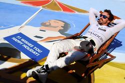 Fernando Alonso, McLaren sur une chaise longue