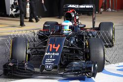 Fernando Alonso, McLaren MP4-31 funcionamiento equipo de sensor