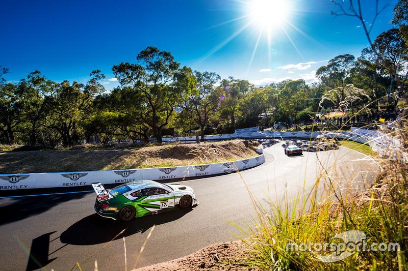 #17 Bentley Team M-Sport Bentley Continental GT3: Steven Kane, Guy Smith, Jules Gounon
