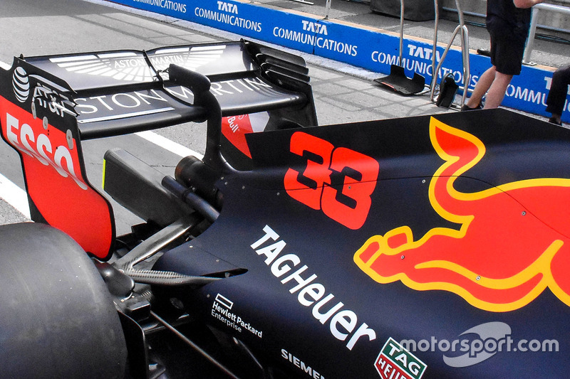 Red Bull Racing RB14 detalle del ala trasera