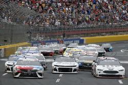 Brad Keselowski, Team Penske, Ford Fusion Stars, Stripes, and Lites Kyle Busch, Joe Gibbs Racing, Toyota Camry M&M's Red White & Blue