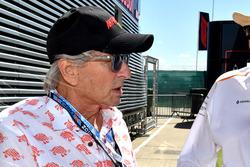 Michael Douglas, with Mansour Ojjeh, McLaren
