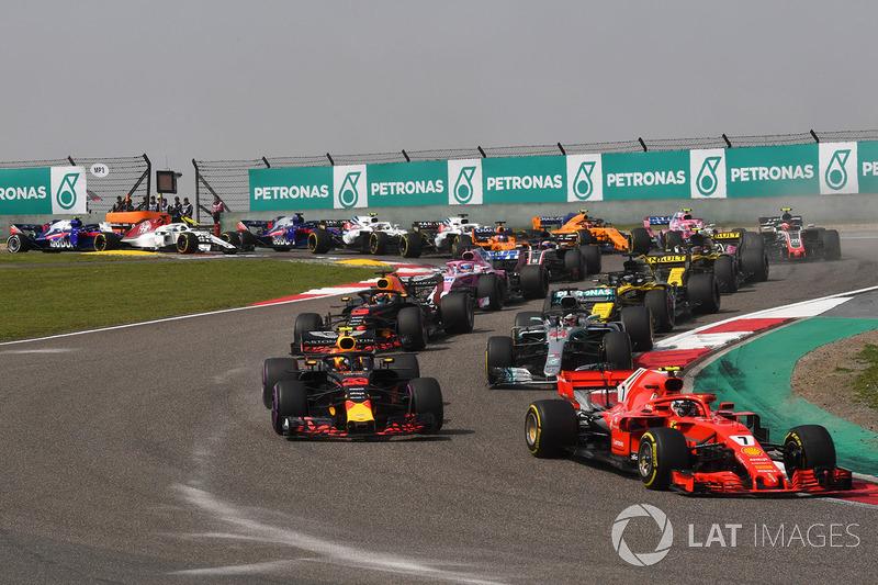 Kimi Raikkonen, Ferrari SF71H al inicio