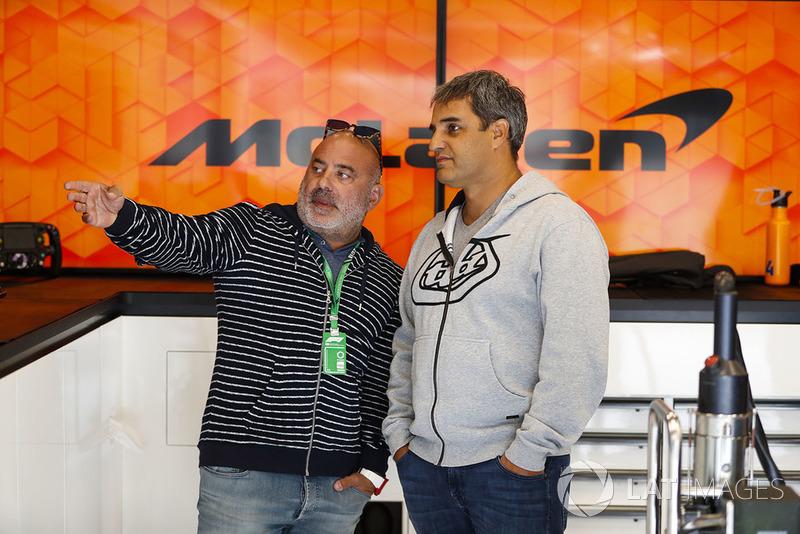 Juan Pablo Montoya visits the McLaren garage